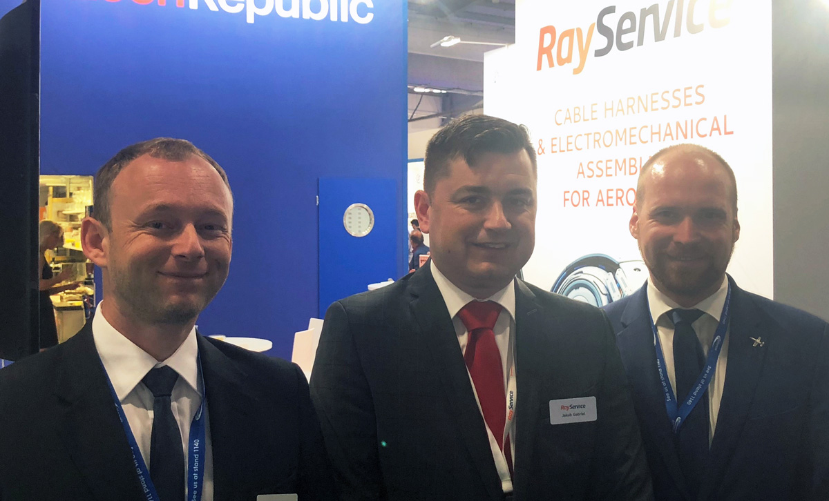 Aerospace Ray Service As Boeing Wire Harness At Farnborough Air Show 2018